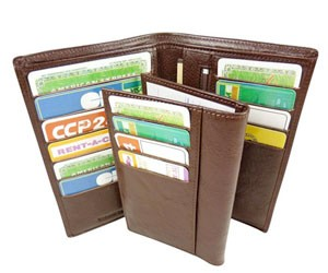 courses-bebe-supermarche-porte-feuille-cartes