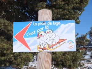 neige-luge-bebe